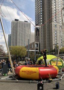 18f7a944fa3c5f9957fdfa1c7e9c10be 214x300 - 【ヨガマットレンタル】TOKYO outside Festival パークヨガにて協賛で参加しました