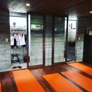 IMG 2860 3 300x300 - stuffmarket-yoga 香川県高松市/丸亀市:Manduka取扱店紹介