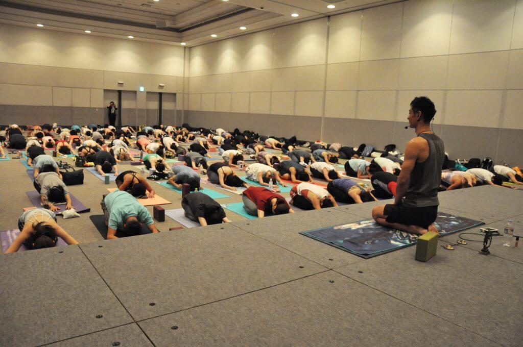 DSC 0210 1024x680 1024x680 - [ヨガフェスレポート]アジア最大級イベント、ヨガフェスタ横浜にてMandukaが出展いたしました。