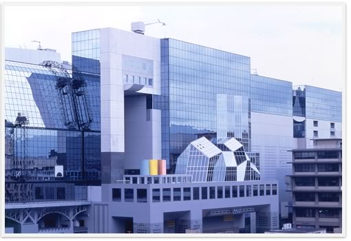 store image - MANDUKAポップアップストア Vol.2 @ジェイアール京都伊勢丹 11/7~11/20まで開催中。