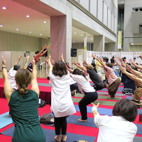 0002 - 【癒しフェア2019 in TOKYO レポート】MANDUKA アンバサダー ヨガワークショップ