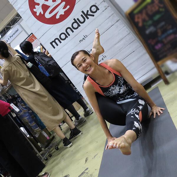 0004 - 【癒しフェア2019 in TOKYO レポート】MANDUKA アンバサダー ヨガワークショップ