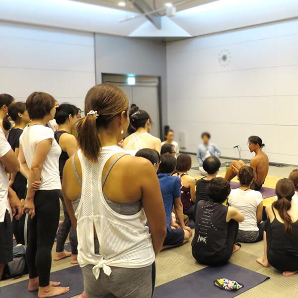 0007 - 【癒しフェア2019 in TOKYO レポート】MANDUKA アンバサダー ヨガワークショップ