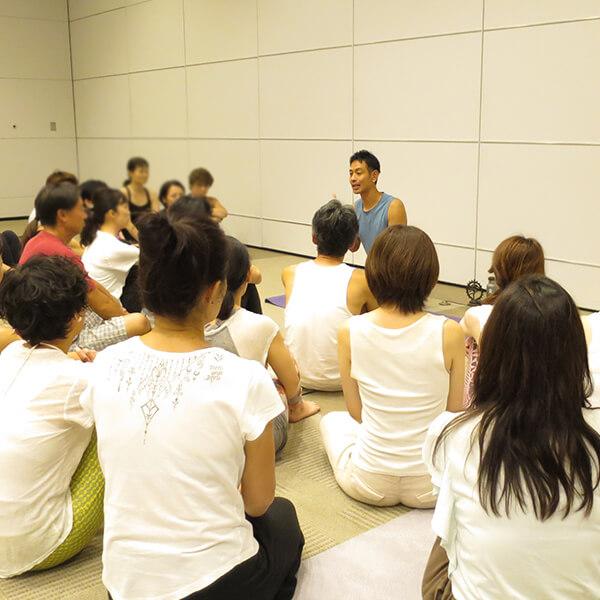 0009 - 【癒しフェア2019 in TOKYO レポート】MANDUKA アンバサダー ヨガワークショップ
